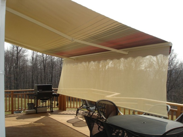 block low afternoon sun with dropdown valence on motorized retractable awning