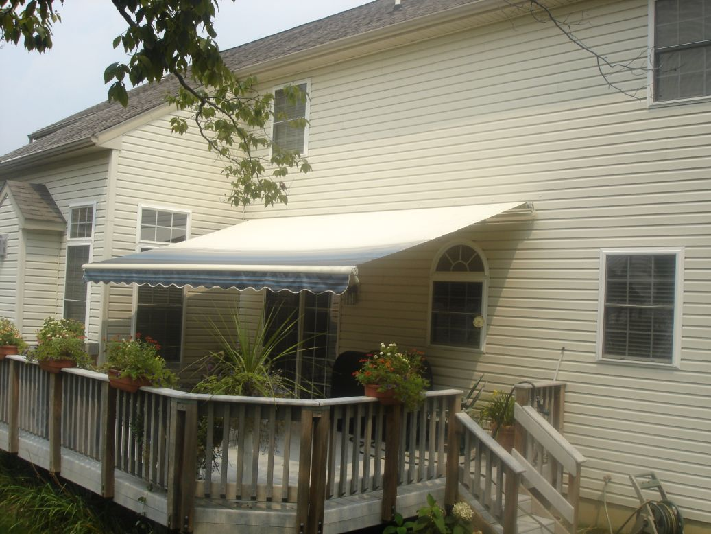 instant shade with motorized retractable awning